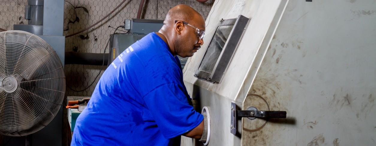 Fabricating Steel Test Panels - Southwestern Paint Panels